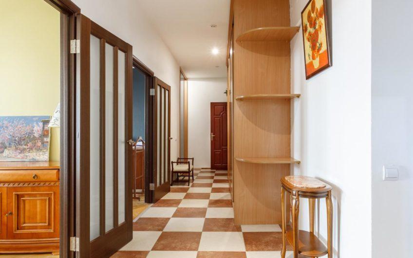 Здам 2-кімн квартиру на Золотих Воротах