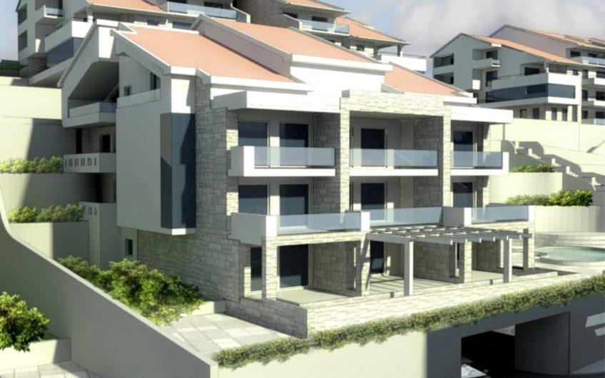Участок под строительство жилищного комплекса / Доброта - Котор / Черногория
