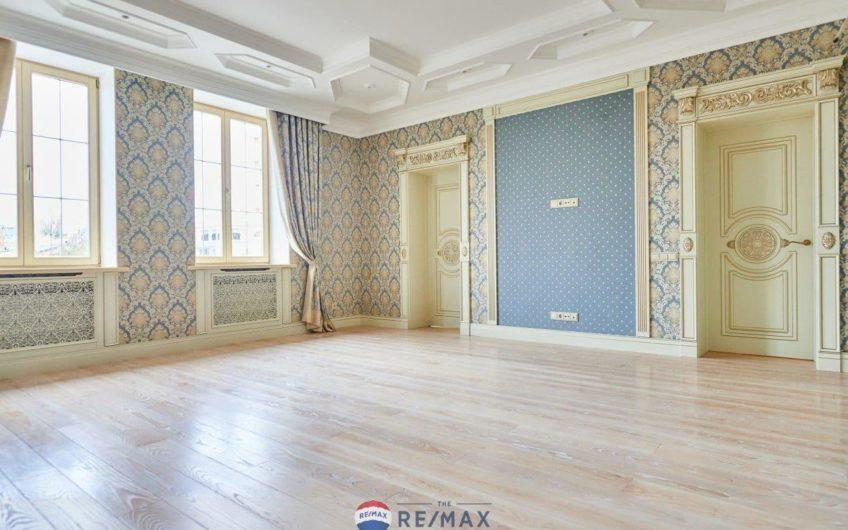 Продам элитный Дом в КГ Конык, 717 м2, направление Конча-Заспа, Киев