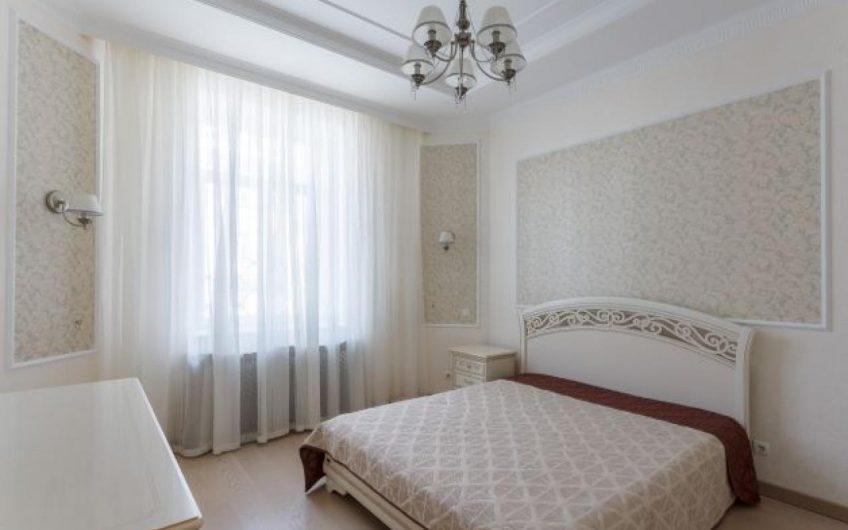 Стильна 3 кімн квартира на Воздвиженці, вул. Кожум'яцька