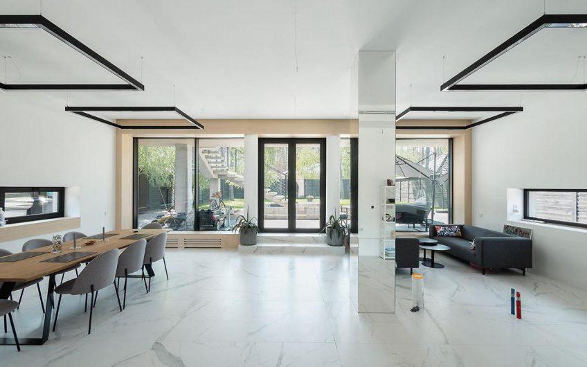 Стильный дом в Буче. Изысканный дизайн